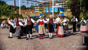 Ljungskile Dansare och Spelmän var förstärkta med Uddevalla Folkdansgille